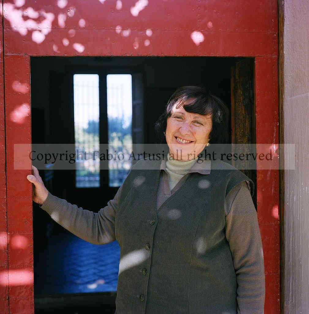 Women Sicilian manager, portraits